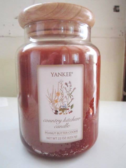 Yankee Candle Peanut Er Cookie With The Paper Country Kitchen Label Fresh From Oven