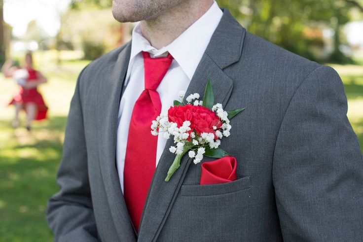 Wedding, OSU, ohio state, barn wedding, grey, scarolet, rachealandsteve  Photo By A PHOTO STORY BY MALLORY + JUSTIN