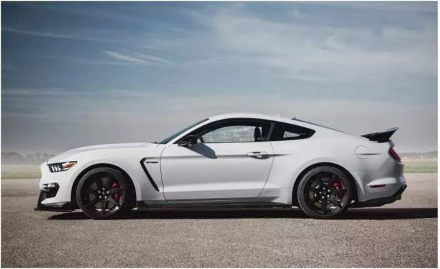 2018 Ford Mustang Shelby GT350 side | Mustang shelby ...