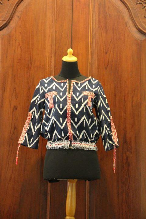 Batik Blazer by Nona Rara Batik