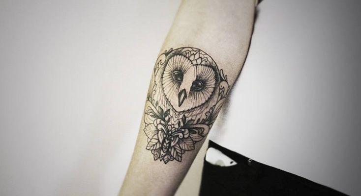 best 25 cute owl tattoo ideas on pinterest owl tattoos cute animal tattoos and owl sketch. Black Bedroom Furniture Sets. Home Design Ideas