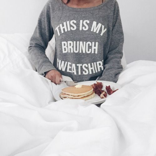 brunch in bed