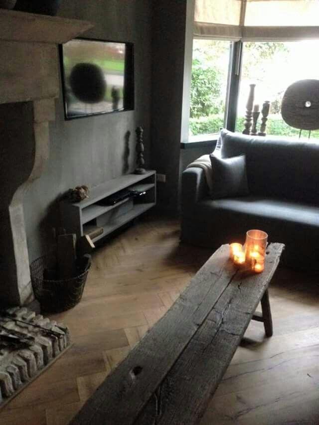 Meer dan 1000 idee n over smal huis op pinterest smalle huis plannen huisplattegronden en - Muur plank onder tv ...