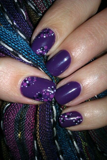 Dots on purple nails / Fiolet i kropki