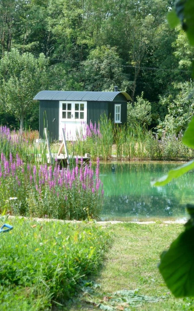 Article: How shepherd's huts have become fashionable for the garden