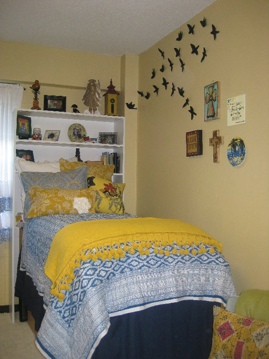 Love This Moxii Dorm Room Dorm Room Colors Dorm Dorm Room