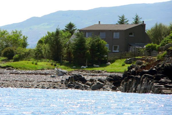 The Isle of Skye.  20 metres from the sea.  A luxury retreat on a remote island.  sleeps 6.