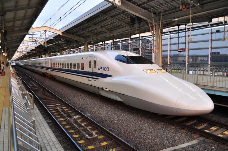 Tokaido Shinkansen 700 series, at Kyoto Station.Training, Huge Time Sav, Series 700, Things Japanese, Kyoto Stations, Planets Beta, Japan Shinkansen 新幹線, Shinkansen 700, 700 Series