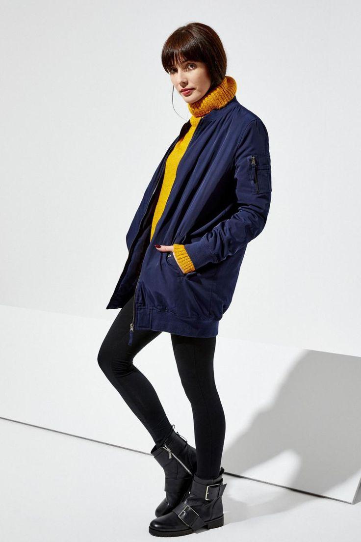 Moodo Bunda dámská BOMBER Dámská bunda je vyrobena ze 100% polyesteru. Bunda je ve stylu BOMBERU v delším střihu. Velice praktická a vhodná k mnoha stylizacím 100% polyester 1099 Kč