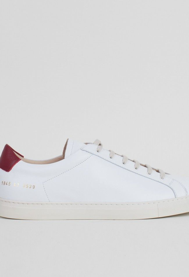 Common Projects Achilles Retro Low Shoes White/Burgundy – Voo Store