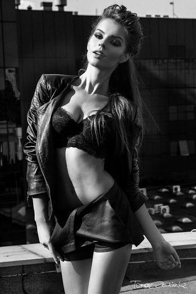 Femme - super model girl