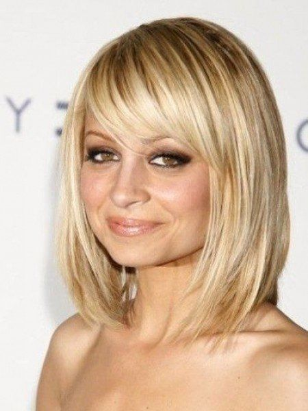 30 Bangs Hairstyles for Short Hair | HairStyleHub - Part 13