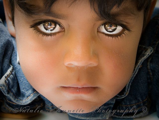 beautiful eyes on this child
