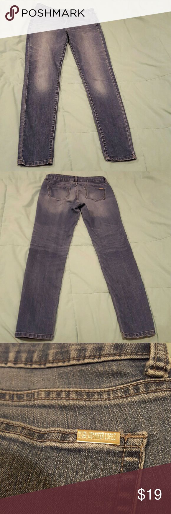 "J Lo Jeans ?? Waist appx 32"" ?? Inseam appx 30"" ?? Very comfortable & stylish ??Bundle 2 or more items for 20% off?? Jennifer Lopez Jeans"