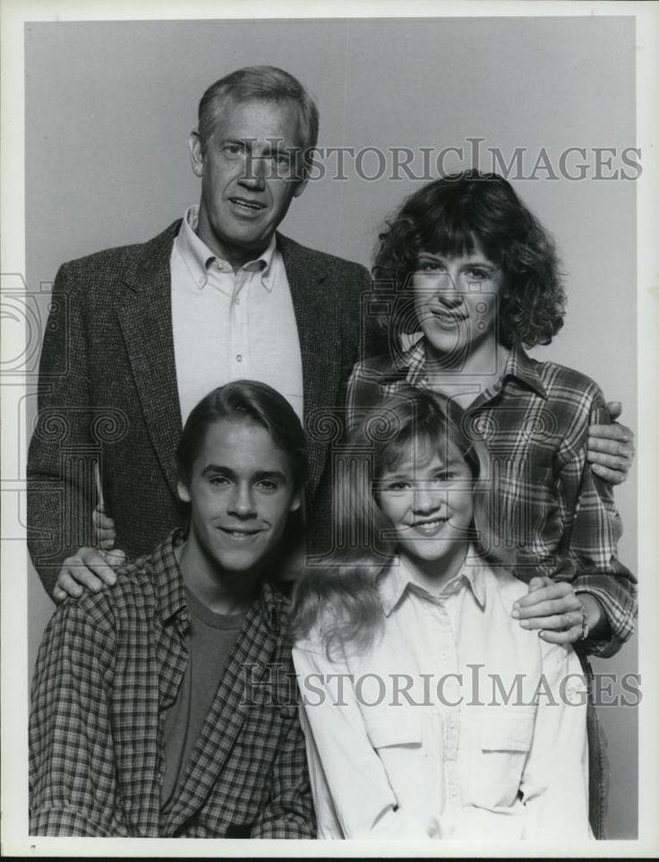 1984 Press Photo Chad Lowe Ronny Cox Mimi Kennedy Amy Locane in Spencer