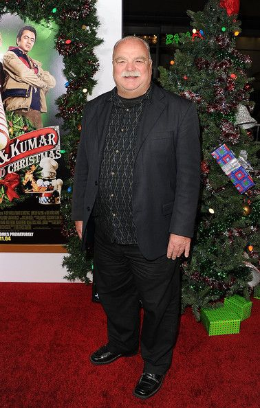 "Richard Riehle Photos Photos - Actor Richard Riehle arrives at the premiere of New Line Cinema's ""A Very Harold & Kumar 3D Christmas"" at Grauman's Chinese Theatre on November 2, 2011 in Hollywood, California. - Premiere Of New Line Cinema's ""A Very Harold & Kumar 3D Christmas"" - Arrivals"