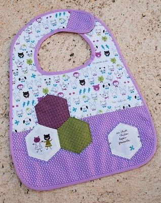 Tutorial: Boutique Baby Bibs | A Spoonful of Sugar