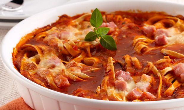Macarrão Super Rápido ao FornoSaindo direto do forno para a mesa, todos vão querer repetir este prato surpreendente. Faça agora