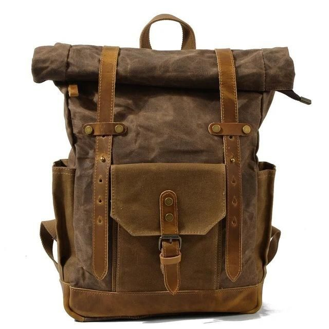 ROLL UP WAXED CANVAS RUCKSACK BROWN | Mochila impermeable