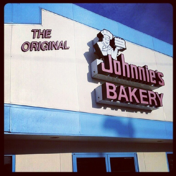 A Canton Ohio institution. First had a taste of Johnnie's when I was a student at Aultman School of Nursing....had cake and was hooked!!