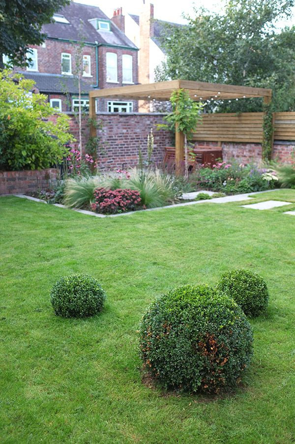 16 best images about my house on pinterest gardens grey for Outer space garden design