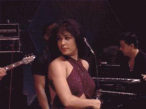 Selena's spinny dance