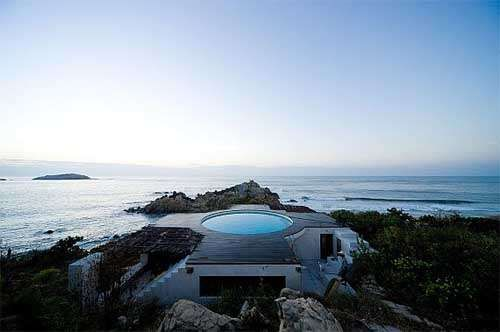Dramatic Rooftop Pools  Universe Beach House Centers On Swimming & Spectacular Views