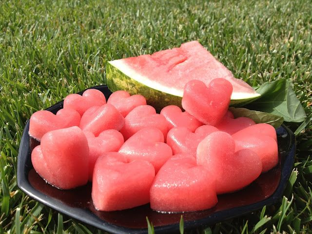 Frozen Watermelon Heart a super healthy summer snack....I gotta try these! I even have the heart shaped ice cube trays :)