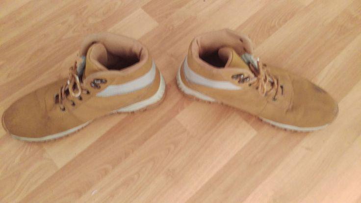 Nike Boots Stiefel yey . Gr. 43 . Braun/weiß . gayle Gayromeo