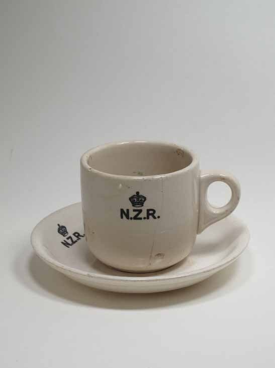 Crown Lynn, NZR Railway cup  saucer, Auckland, New Zealand. Collection of Auckland Museum K4068, K5689