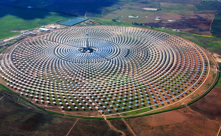Spain's Gemasolar Array is the World's First 24/7 Solar Power Plant! | The 19.9 MW Gemasolar concentrated solar power plant in Spain's Andalucia province, though only ~ 1/6 of Crescent Dunes capacity was still years ahead of this Nevada project.