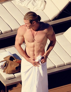 Man ponytail, jacked bod...ya, he'll do! #drool
