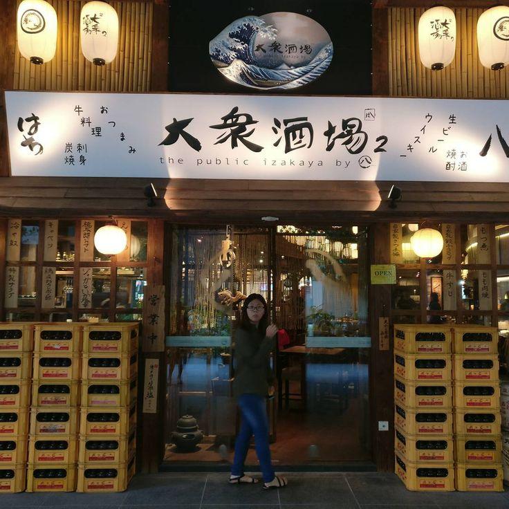 The Public Izakaya @ Icon Village. Good food good ambience.  #japanesecuisine #sake #wagyu #tuna #pork #skewers http://w3food.com/ipost/1508019344310263992/?code=BTtj5qUB-C4
