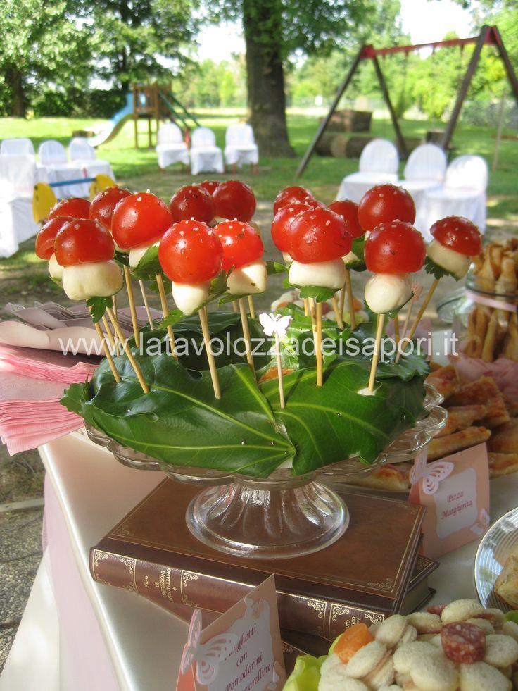 Freschi Funghetti  http://www.latavolozzadeisapori.it/ricette/freschi-funghetti
