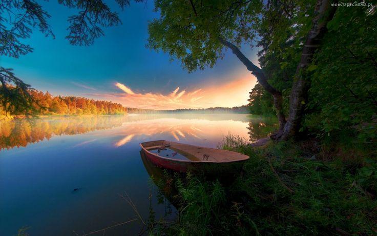 Jezioro, Wschód słońca, Łódka, Las, Drzewa