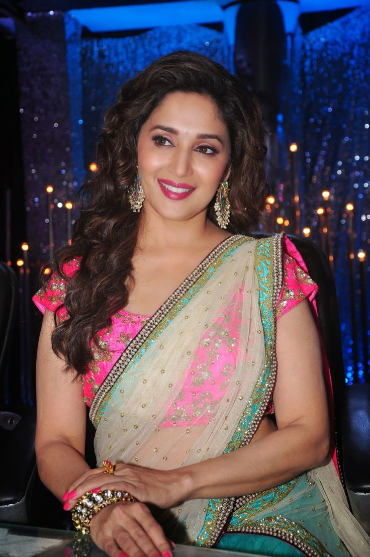 Madhuri Dixit Looks Ravishing In Saree At Film 'Khoobsurat' Promotions On The Sets Of TV Show 'Jhalak Dikhhla Jaa' In Mumbai more @ http://www.luvcelebs.com