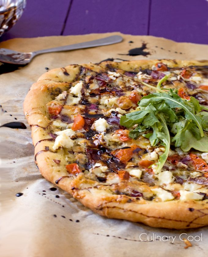 WANT --> Bruschetta Pizza // pesto, feta, mozarella, balsamic reduction via Culinary Cool