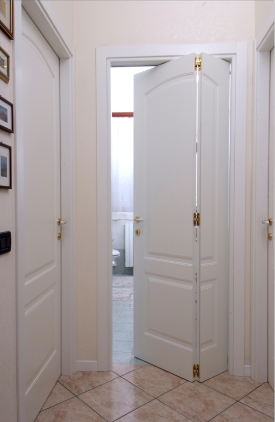 White door for small spaces. By Flessya