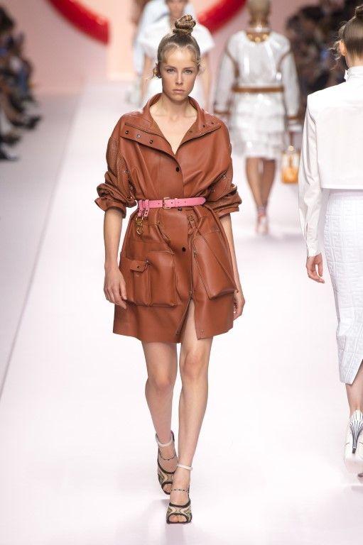 e0f77289773a8 Fendi Spring Summer 2019 Women s Ready-to-Wear Collection - Milan ...