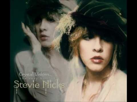 Stevie Nicks - Edge Of Seventeen  unmistakeably Stevie Nicks..great voice