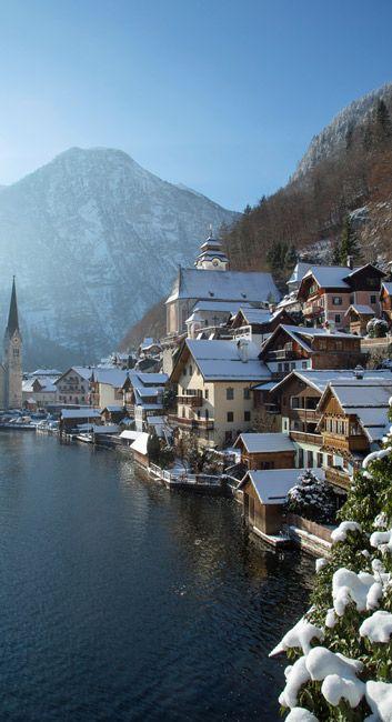 Mountain village, Halstatt, Autriche