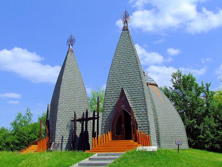 Fájl:Erdők temploma Ópusztaszer.JPG