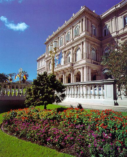 Casa de Gobierno de Buenos Aires, ingreso por la calle Rivadavia
