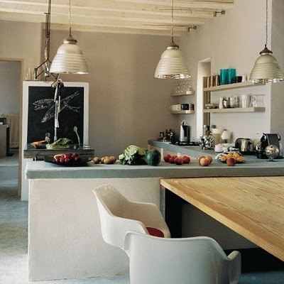 Interesting idea of connecting table with counter top for the kitchen...