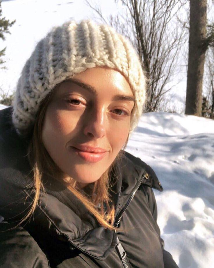"948 Likes, 32 Comments - Alessandra Steinherr (@alexsteinherr) on Instagram: ""Snow ❄️ Skin ✨ Sunscreen ☀️ Protected with new @avene_uki Mineral Fluid SPF 50 #AskAlex"""