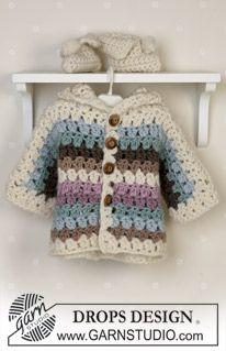 Sættet består af: DROPS jakke, tæppe og tøfler ~ DROPS Design