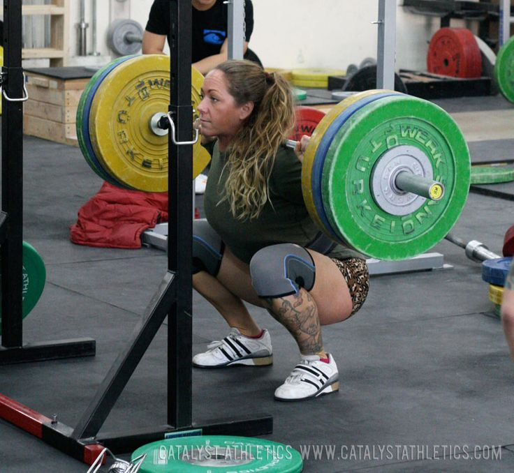 How to prepare yourself to squat physically and mentally. Warming-up, foam rolling, confidence.