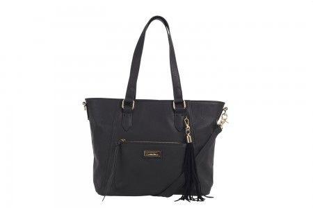 Ulrika Pocket Ladies bag in Black. Fringe without the cringe.