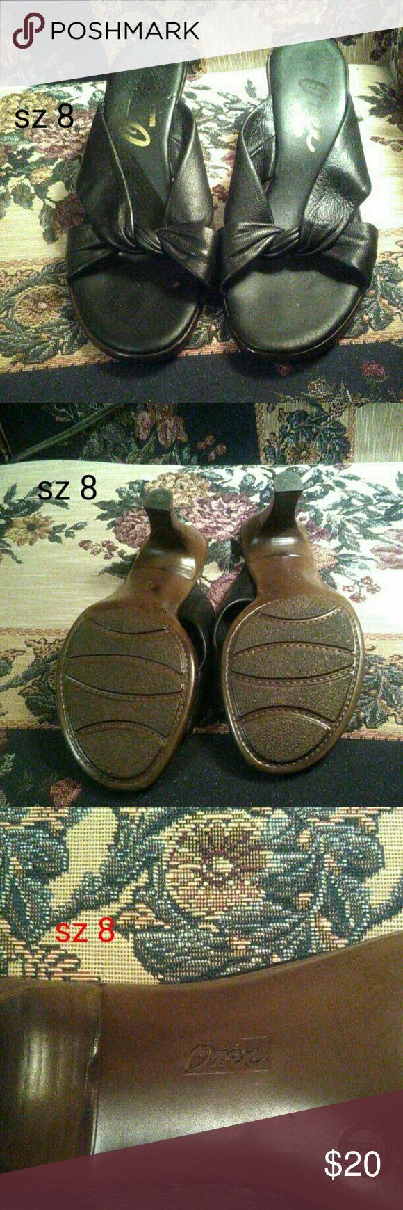 Onex black 2 inch heel sandals wood look heel sz 8 2 inch heel.  Very comfortable.  Faux wood look heel. onex Shoes Sandals