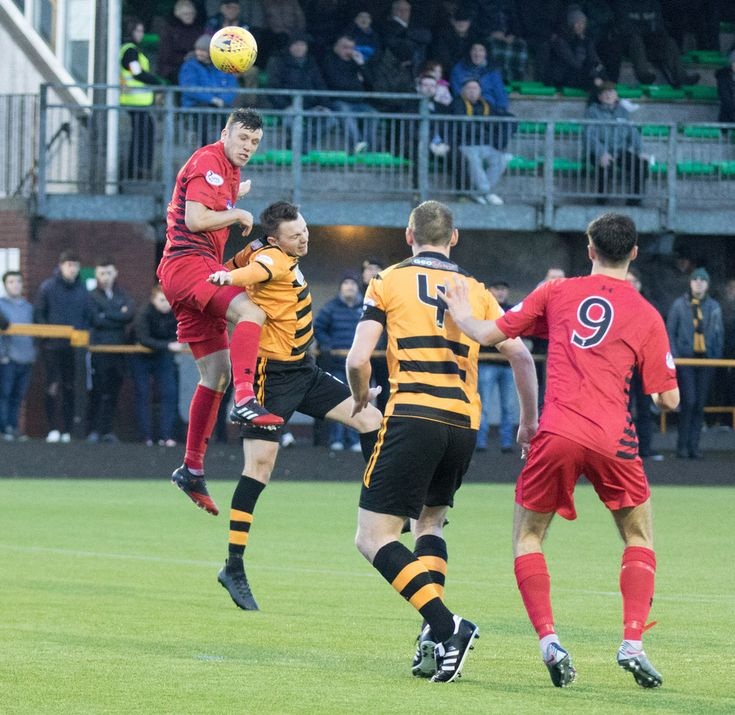 Queen's Park's Adam Cummins in action during the SPFL League One game between Alloa Athletic and Queen's Park